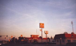 photo of street scene in Los Banos, California at dawn