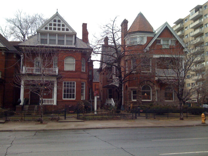image of two homes on Jarvis Street in Toronto