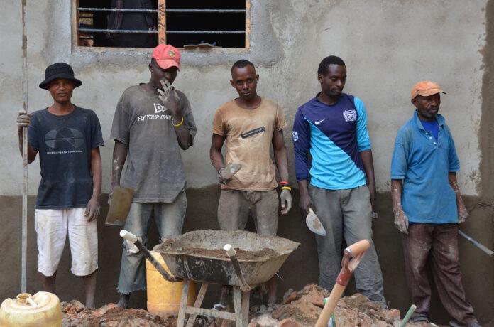Image of five construction workers in Voi, Kenya