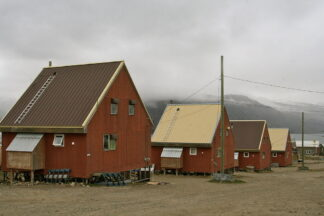housing in pangnirtung, Nunavut