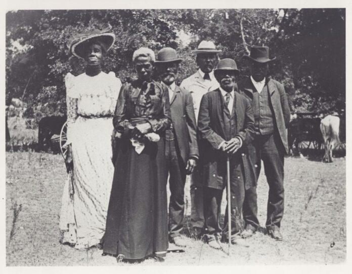 black people celebrating emancipation day, June 19, 1900