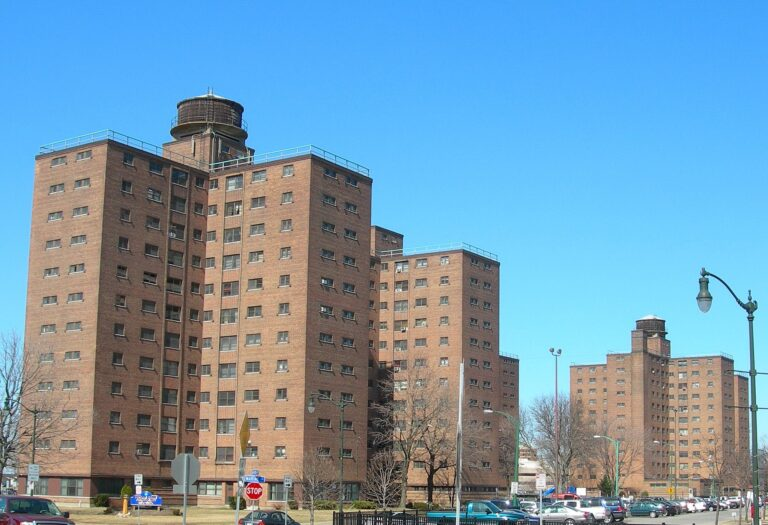 For North American High Rise Social Housing Haters: Small Can Be Beautiful