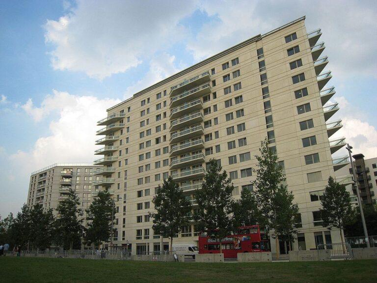 High Density Communities: Social Housing Does It Better